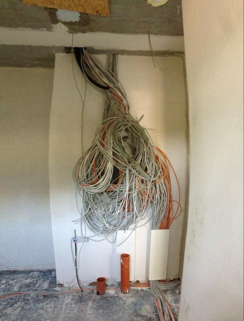 Tag 113: Elektro-Verkabelung für Loxone abgeschlossen | Hausbau in ...