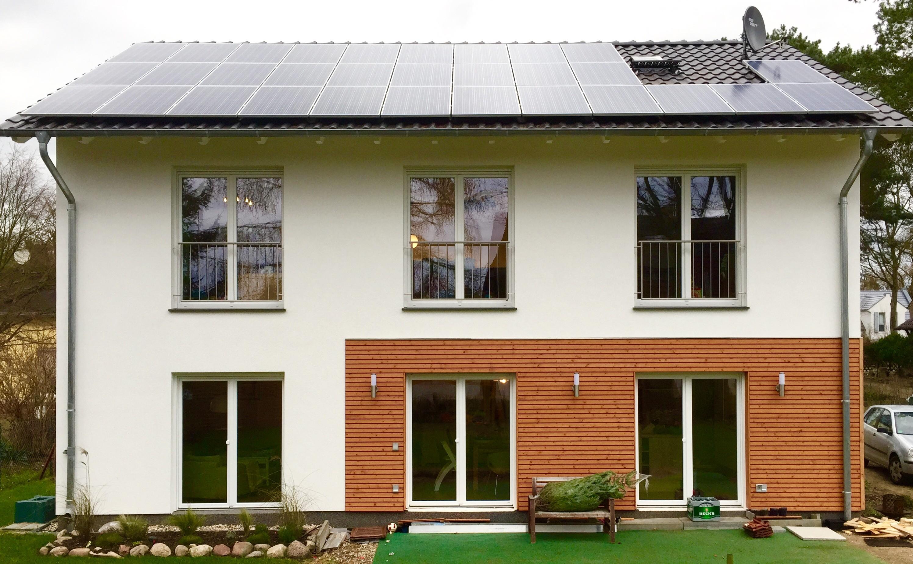 Haus mit PV-Anlage