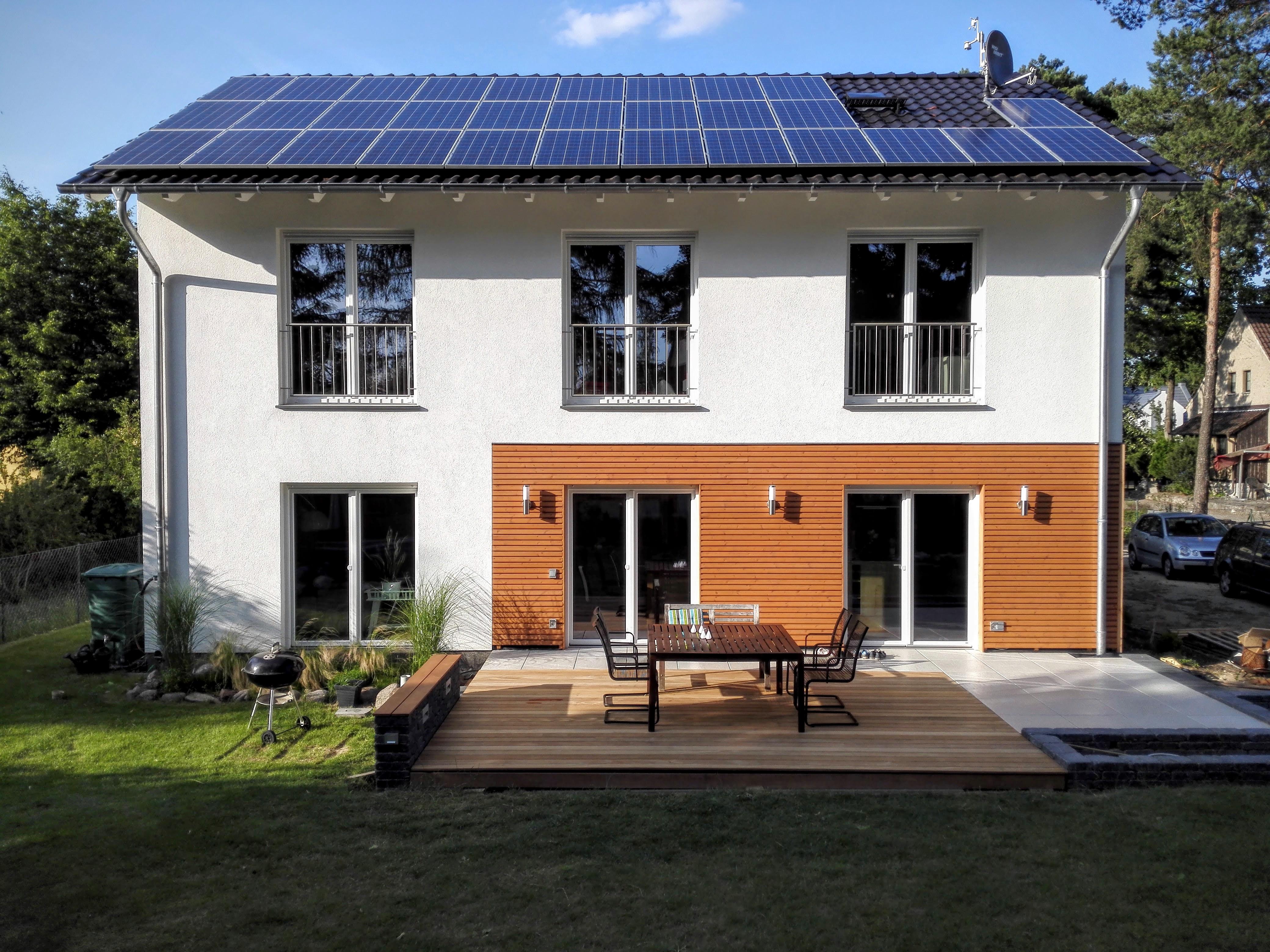 Holz-Stein-Terrasse im Eigenbau